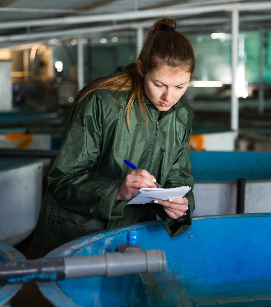 Trabajadora de acuicultura