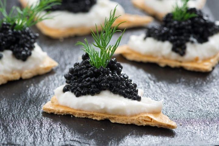 Caviar de esturión de acuicultura