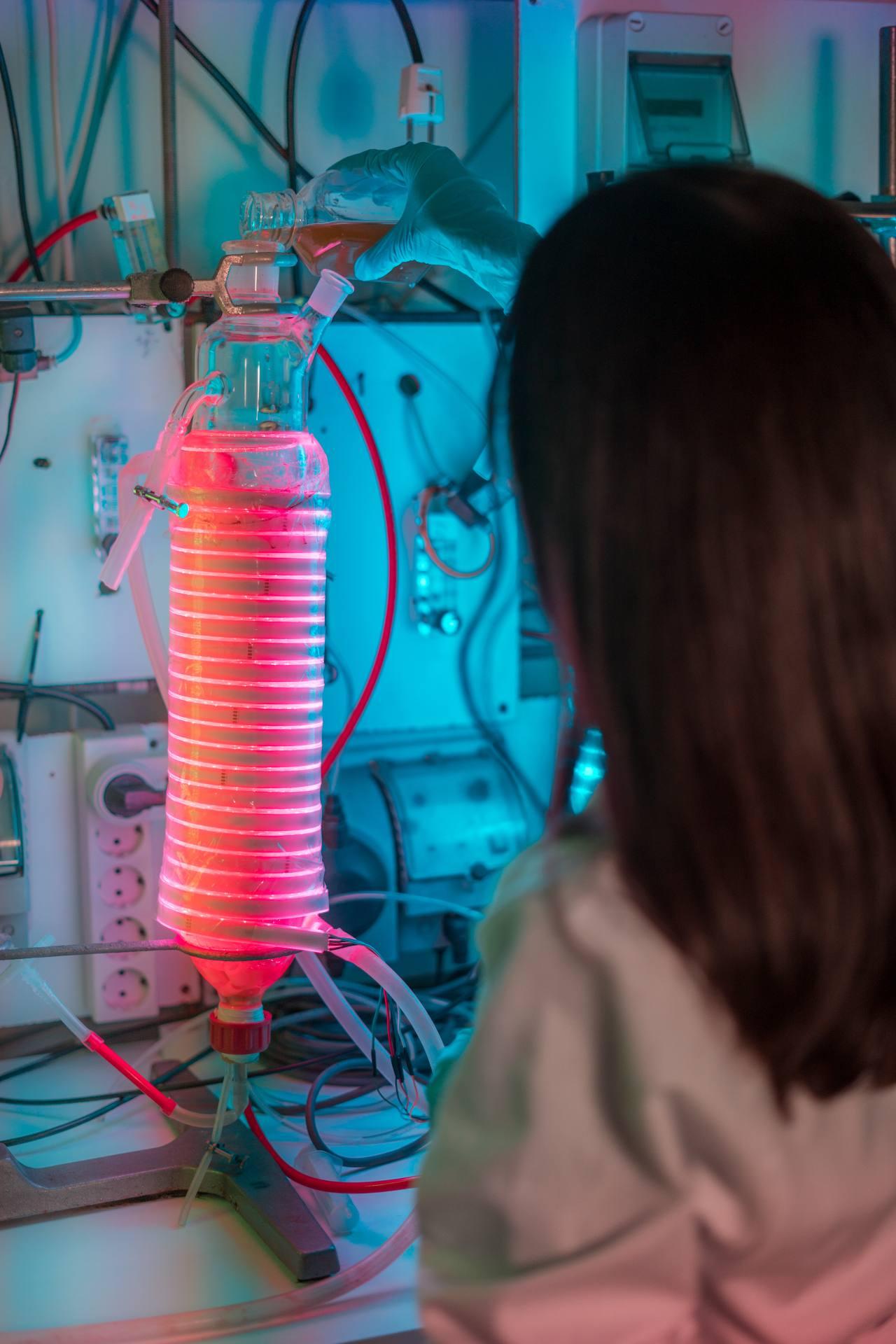 Investigadora de microalgas