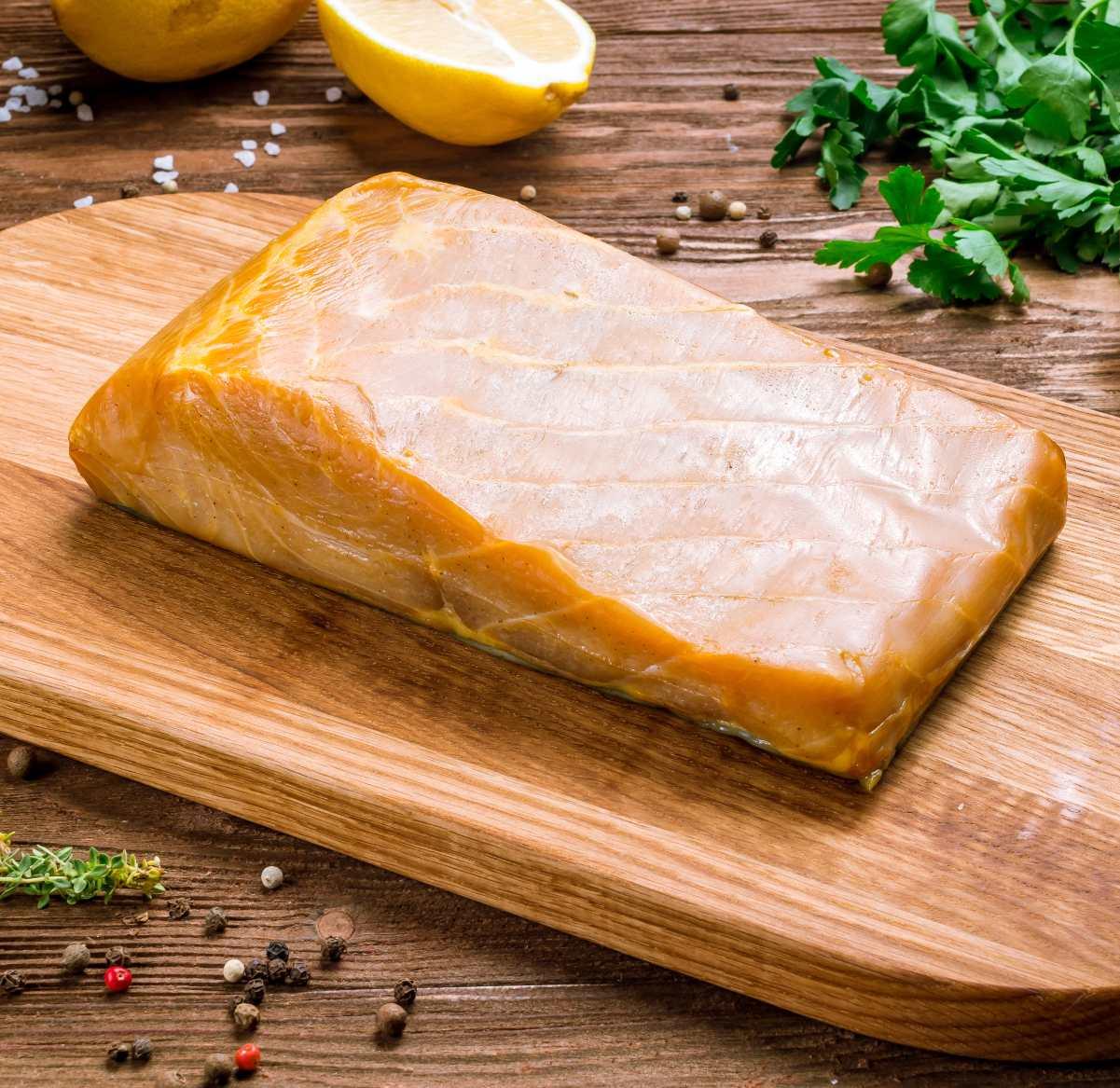 Filete de carne de esturión