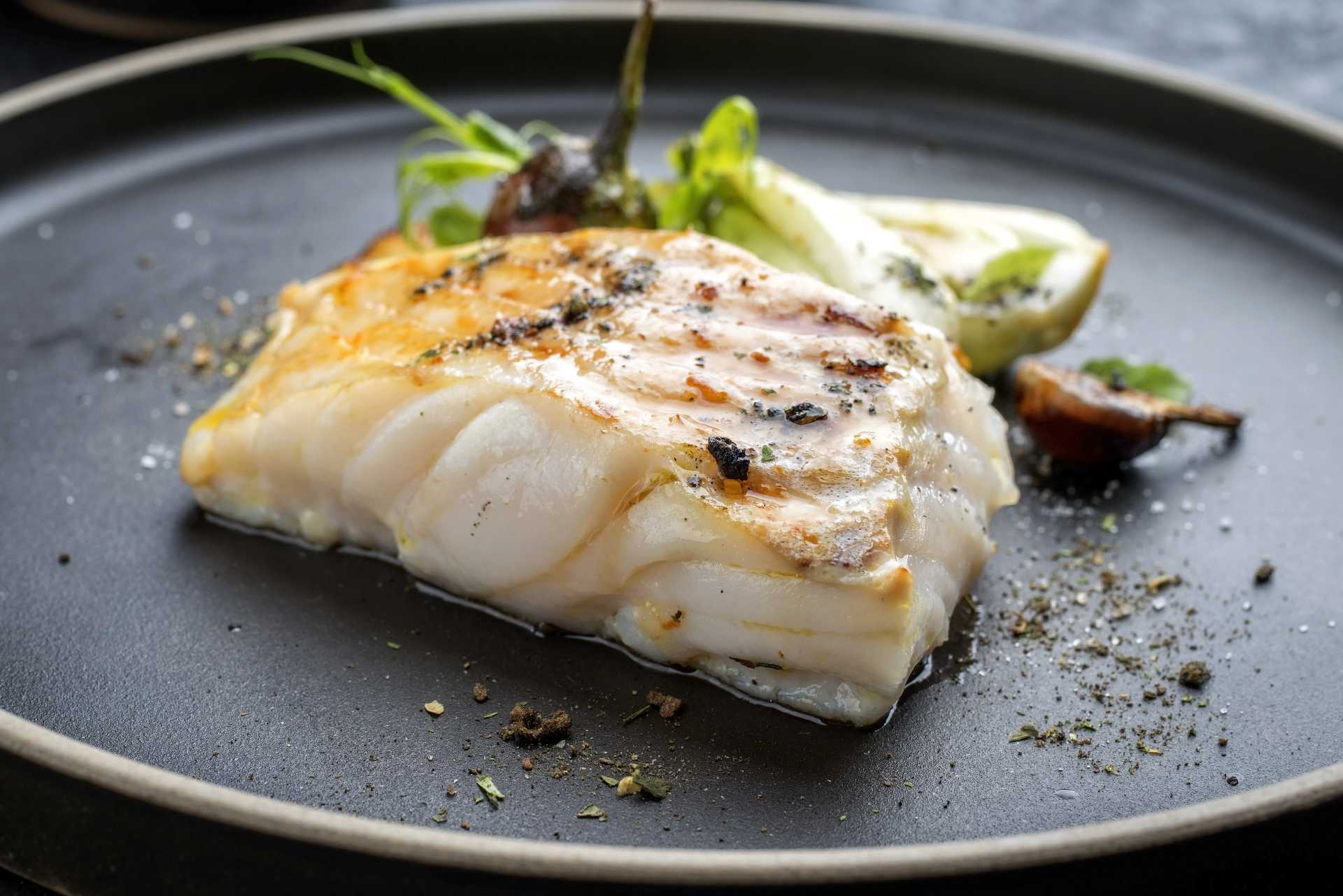 acuicultura de españa filete de pescado blanco cocinado
