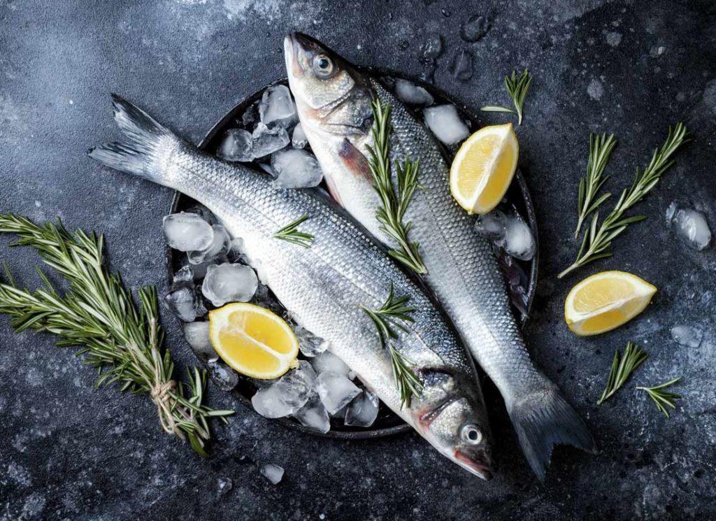 cocinar pescado de acuicultura